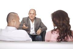 Groupe de discussion d'hommes d'affaires Image libre de droits