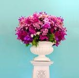 Groupe de fleur pourpre décoratif Images stock