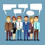 Groupe de gens d'affaires de parler Le concept de vecteur de travail d'équipe avec les personnes humaines et la parole bouillonne Photos stock
