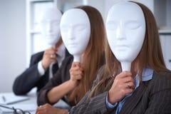 Groupe de gens d'affaires lors d'une réunion Concept négatif, manque de compréhension, manque d'accord Images libres de droits