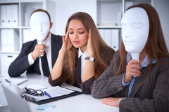 Groupe de gens d'affaires lors d'une réunion Concept négatif, manque de compréhension, manque d'accord Photographie stock