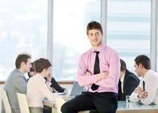Groupe de gens d'affaires lors du contact Photo libre de droits