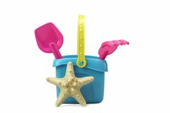 Groupe de jouets de plage d'isolement sur le blanc photo stock
