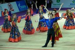 Groupe de la danse des enfants de soliste Images stock