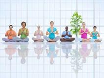 Groupe de personnes en bonne santé dans la forme physique Photo stock