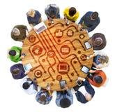 Groupe de personnes multi-ethniques à l'aide des dispositifs de Digital image stock