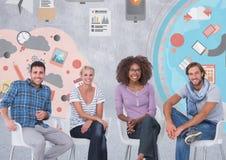Groupe de personnes s'asseyant devant les graphiques colorés d'affaires illustration libre de droits