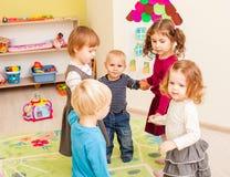 Groupe de petits enfants Photographie stock libre de droits