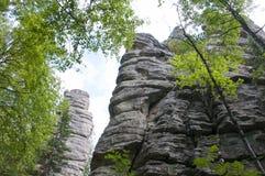 Groupe de roches trois frères Taganay Urals-6 du sud Photo libre de droits