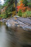 Groupe de scène de 7 styles sur la rivière de Muskoka photographie stock libre de droits