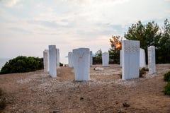Groupe de sculptures artistiques en marbre blanc représentant les signes zodical, connu sous le nom de couronne de  d'†de  de Photos libres de droits