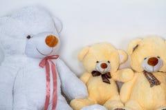 Groupe de se reposer mignon d'ours de nounours Image stock