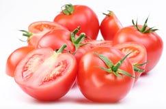 Groupe de tomates rouges mûres. Photographie stock libre de droits