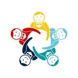 Groupe de travail d'équipe de garçons de cinq Conception de logo de vecteur illustration libre de droits