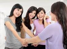 Groupe de vieux ami de rassemblement de femme Image stock