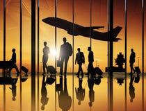Groupe des affaires Peoeple dans l'aéroport Photographie stock libre de droits