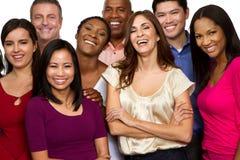 Groupe divers d'amis parlant et riant Photo stock