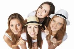 Groupe heureux d'amis ayant l'amusement Photographie stock