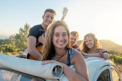 Groupe heureux des vacances Photo stock