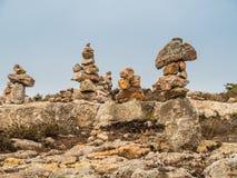 Groupement des pierres comme symbole de la connaissance et du désir de retourner images libres de droits