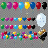 Groupes et groupes de ballons colorés d'hélium sur le fond transparent Images libres de droits