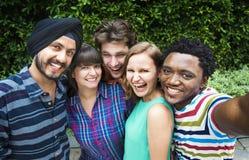 Groupie-zusammen Teamwork-Verbindungs-College-Konzept Stockfotografie