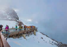 Groups of traveler on Jade dragon snow mountain Royalty Free Stock Photography