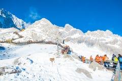 Groups of traveler on Jade dragon snow mountain Royalty Free Stock Photos