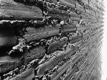 Grov bakgrund för tegelstenvägg av den gamla tappningtegelstenväggen arkivbilder