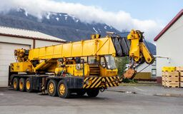 Free Grove TMS 475 Crane Vehicle With 5 Axes Parked In Harbour In Isafjordur, Iceland Stock Photo - 199925750
