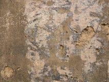 Grovt gammalt och att smula väggbakgrundstextur royaltyfria foton