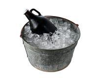 Growler пива в ведре льда Стоковые Фото