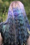 grått hår för bakgrundscloseupfärg över Arkivfoto