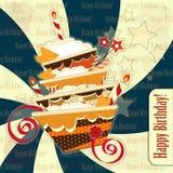 Grußkarte mit großem Schokoladenkuchen Stockbild