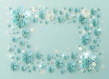 Grußschablonenrahmen der frohen Weihnachten und des guten Rutsch ins Neue Jahr mit Folienschneeflocken für Feiertagsplakate, Plak lizenzfreie abbildung
