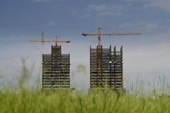 Gru     in costruzione Fotografie Stock Libere da Diritti