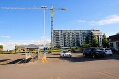 Gru, costruzione di appartamento, Canada Fotografie Stock