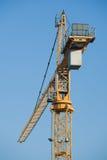 Gru della costruzione sul cielo Immagini Stock