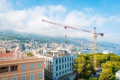 Gru di costruzione a Monte Carlo, Monaco. Fotografie Stock