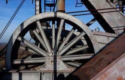 Gru Landschaftspark, Duisburg, Germania dell'ascensore della ruota del cavo immagine stock