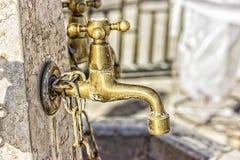Gru per lavare le mani Fotografie Stock Libere da Diritti