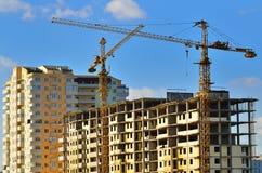 Gru a torre su costruzione Fotografia Stock