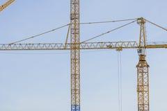 Gru a torre sul cantiere a Stoccolma Svezia Immagini Stock Libere da Diritti