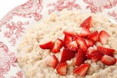 Gruau avec la fraise Photo libre de droits