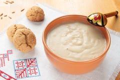 Gruau des biscuits de farine d'avoine et d'avoine image stock