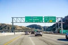 Grudzień 2, 2018 Los Angeles, CA, usa/- Podróżujący na I5 towar obraz stock