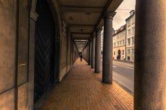 Grudzień 05, 2016: Archway w starym miasteczku Kopenhaga, Denmar Zdjęcie Stock