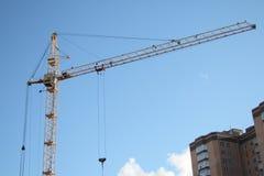 Grue à tour de construction Image libre de droits