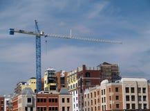 Grue énorme sur une construction Photographie stock
