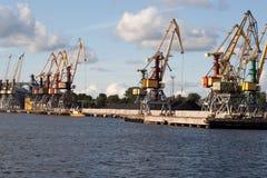 Grue chez Ventspils Images stock